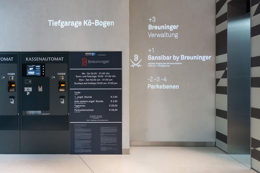 Wegeleitsystem im Kö-Bogen Düsseldorf