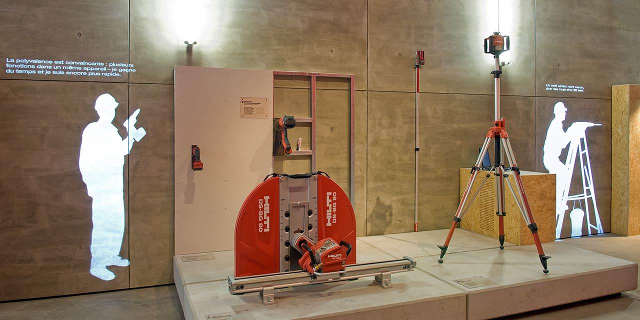 Lichtprojektion bei einer Ausstellung im red-dot-museum - Essen